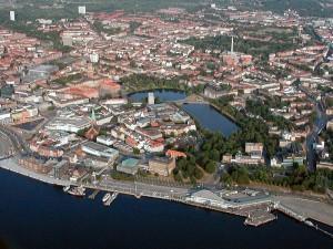 800px-KielerStadtzentrumLuftaufnahme